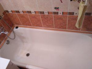 демонтаж бордюра на ванне 1